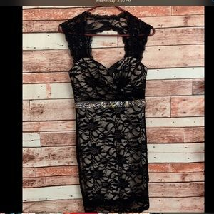 Windsor Black Lace Size S Homecoming Dres